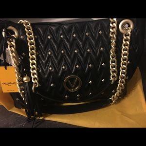 BNWT . Valentino bag ♥️
